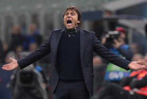 Antonio Conte tidak peduli dirinya dikecam Asosiasi Pers Italia (Foto: UEFA)
