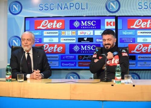 Gennaro Gattuso mengikuti konferensi pers dengan Presiden Napoli Aurelio De Laurentiis (Foto: Napoli)