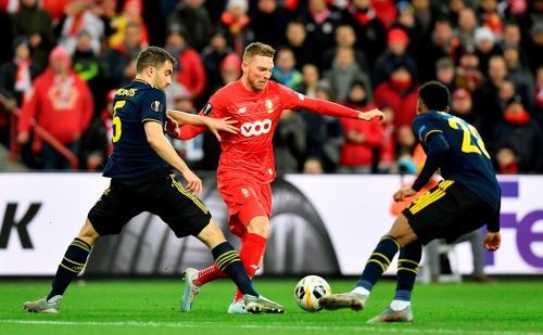 Standard Liege vs Arsenal (Foto: UEFA)