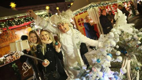 Pasar yang berlokasi di Prancis timur, disebut sebagai salah satu pasar Natal tertua di Eropa, sebab telah ada sejak 1570.