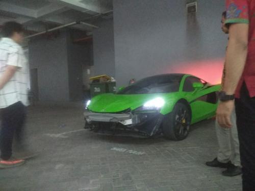 mobil mewah di Mapolda Jatim