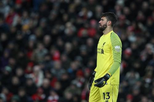Alisson Becker saat membela Liverpool
