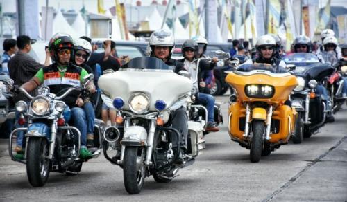 Bikers HDCI lakukan konvoi