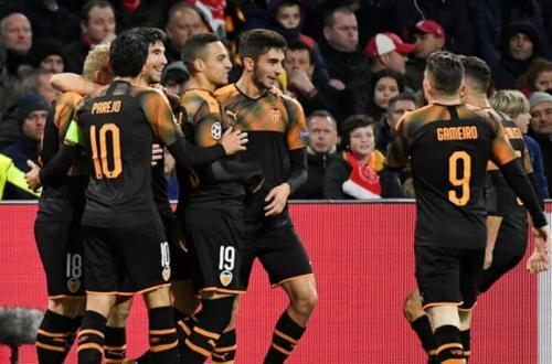 Valencia bagaikan kado Natal buat Atalanta (Foto: Reuters)