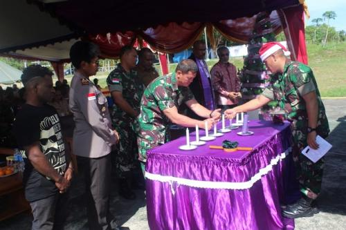Konsulat RI di Vanimo dan Satgas Yonif 713/ST gelar ibadah Natal di perbatasan RI-Papua Nugini. (ist)