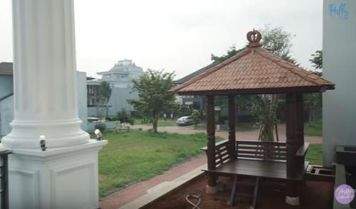 Rumah Prilly Latusonsina