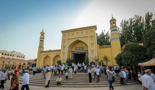 Masjid Id Kah saat masih ada jamaah