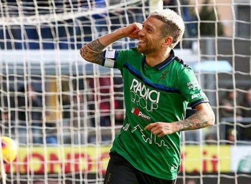 Papu Gomez membuka pesta gol Atalanta di menit 10 (Foto: Instagram/Atalanta)