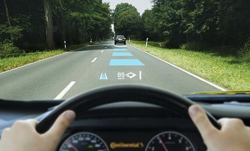 menjaga jarak aman kendaraan