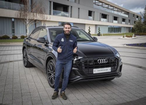 Audi jadi kado natal