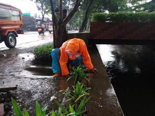 Pasukan oranye Kelurahan Cipedak, Jagakarsa, Jakarta Selatan. (Foto: Muhamad Rizky/Okezone)