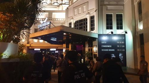 Dit Tipid Narkoba Mabes Polri dan Polda Metro Jaya Razia Diskotek Colosseum, Jakarta (foto: Okezone/Puteranegara)