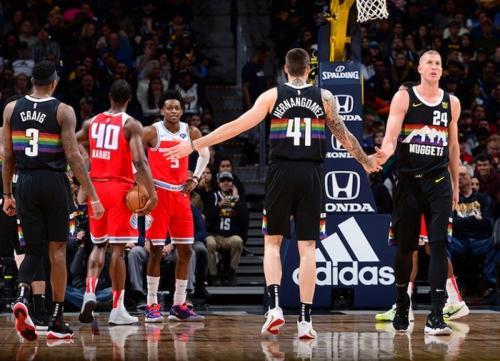 Denver Nuggets sukses mengamankan kemenangan atas Sacramento Kings (Foto: NBA)
