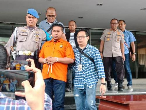 Polisi tangkap penyiram air keras ke Novel Baswedan (Foto : Okezone.com/Rizky)