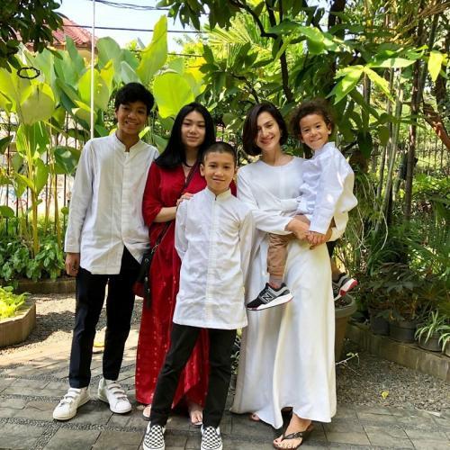 Wanda Hamidah ingin fokus pada pekerjaan dan anak-anaknya. (Foto: Instagram/@wanda_hamidah)