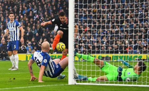 Suasana laga Brighton vs Chelsea