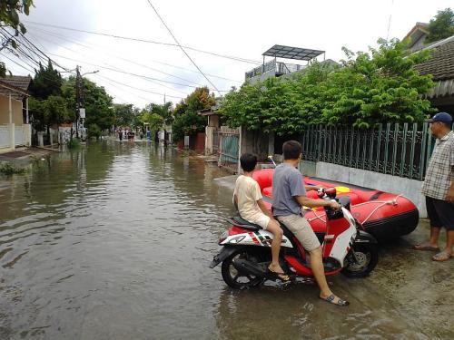 Ilustrasi banjir di Tangerang Selatan (Foto : Okezone.com/Hambali)