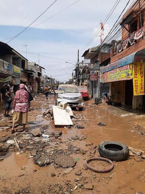 Lokasi Banjir di Jatiasih, Bekasi (foto: Okezone/Wisnu Yusep)