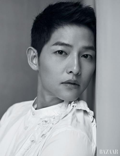Song Joong Ki. (Foto: Harper's Bazaar)