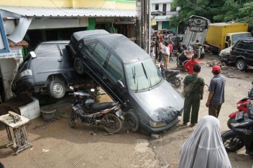 Suzuki Banjir