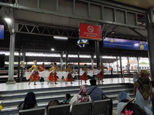 Stasiun Semarang Tawang (foto: iNews/Taufik Budi)