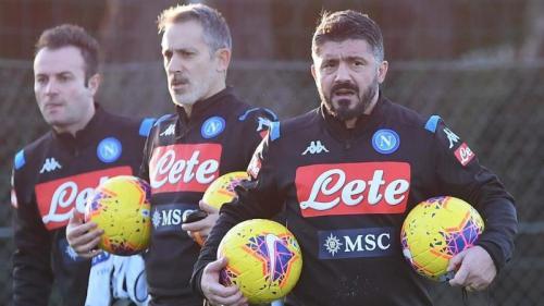 Gattuso saat memimpin sesi latihan Napoli