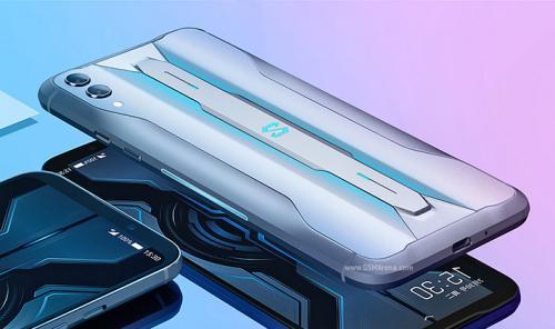 Adu Spesifikasi ROG Phone II dan Black Shark 2 Pro