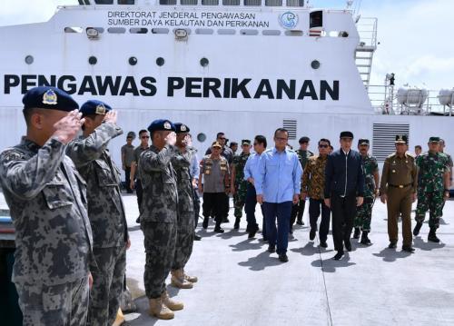 Jokowi di Natuna Foto Biro Pers Kepresidenan