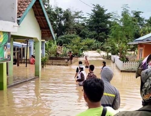 Banjir Bandang Lahat
