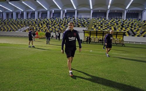 Ernesto Valverde (Foto: Laman resmi Barcelona)