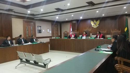 Sidang PK vonis lepas Syafruddin Temenggung dalam kasus BLBI di PN Jakpus, Jakarta, Kamis (9/1/2020). (Foto : Okezone.com/Arie Dwi Satrio)