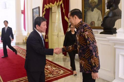Jokowi bertemu Menlu Jepang. (Foto: Biro Pers Setpres)
