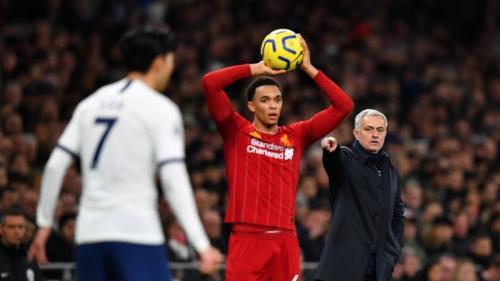 Menurut Jose Mourinho, Spurs harus bisa bermain pragmatis (Foto: Reuters)
