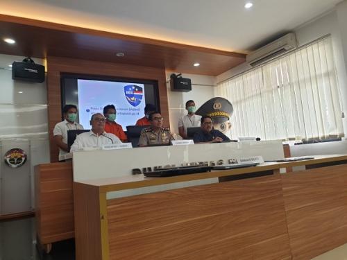 Direktorat Siber Bareskrim Polri konpers terkait penangkapan 2 pelaku peretasan situs PN Jakpus di Mabes Polri, Senin (13/1/2020). (Okezone.com/Puteranegara Batubara)
