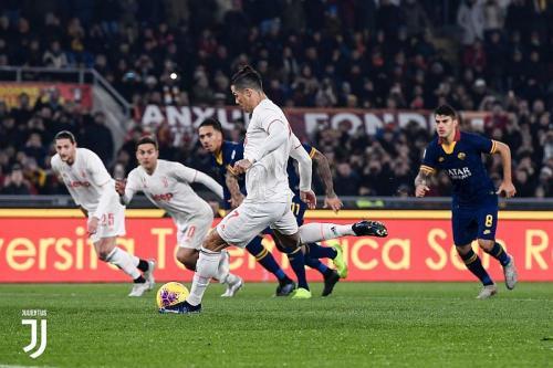 Cristiano Ronaldo vs Roma (Foto: Twitter/@juventusfcen)