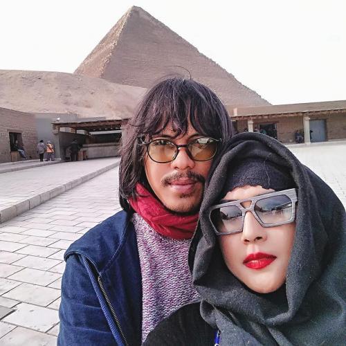 Ria Irawan dan Suami