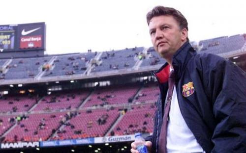 Van Gaal saat masih melatih di Barcelona