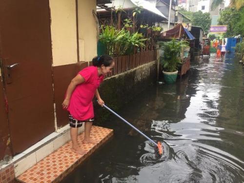 Banjir di Kelurahan Gunung, Kebayoran Baru, Jakarta Selatan. (Foto: Harits Tryan Akhmad/Okezone)