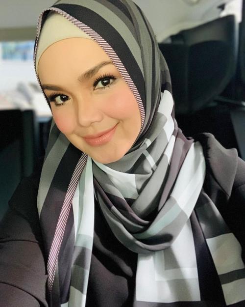 Siti Nurhaliza. (Foto: Instagram/@ctdk)