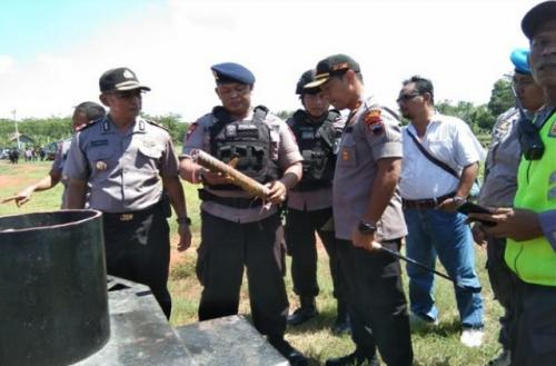 Benda mencurigakan di SPBU Kertijayan Pekalongan. (Foto: Suryono/iNews)