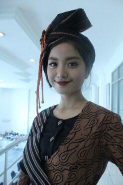 Guna mewujudkan mimpinya, Devina Priyanka sempat mengikuti kursus model di Jakarta sekitar sebulan.