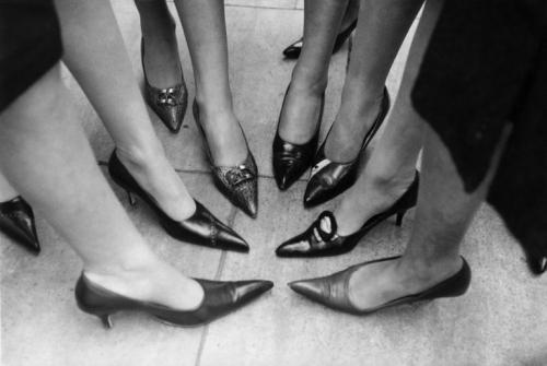 shoes winkle pickers jadi sepatu hak tinggi yang mendominasi era 60'an.