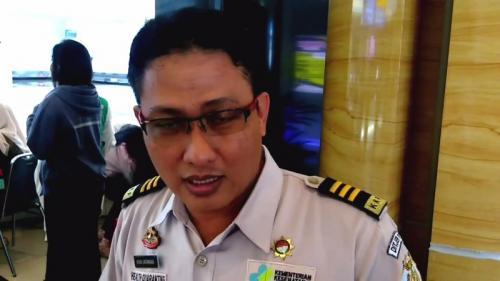 Koordinator Kantor Kesehatan Bandara APT Pranoto, Heru Sasongko (Foto : iNews TV/Maskaryadiansyah)