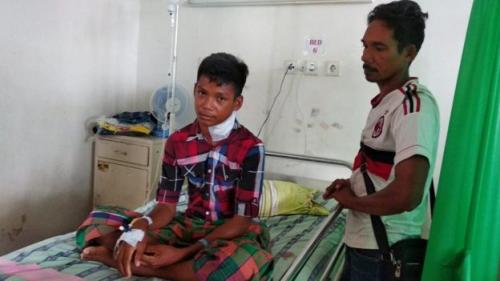 Leher Idul tertancap ikan marlin (Foto : BBC Indonesia)
