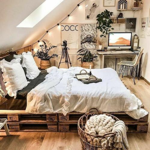 Kamar Tidur Alami