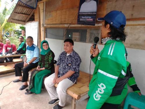 Maju Pilkada Tangsel, Putri Ma'ruf Amin Klaim Didukung Komunitas Ojol (foto: Okezone/Hambali)