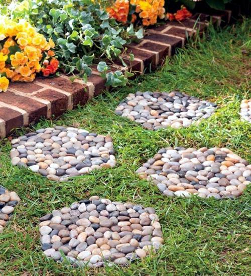 harus berjingkat-jingkat melewati atau merusak kebun Anda yang berharga.t