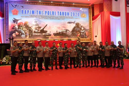Panglima dan Kapolri Buka Rapim TNI-Polri 2020 (foto: Dokumentsi Humas Polri)