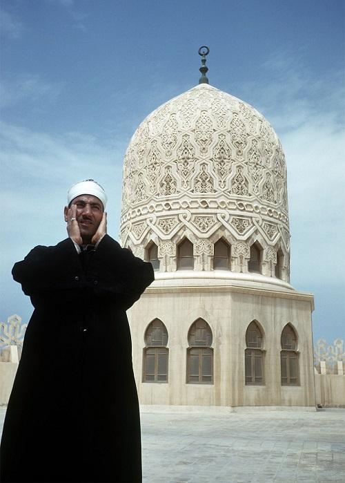 Ilustrasi doa setelah mendengar adzan.