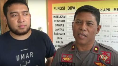 Kapolsek Depok Timur, Kompol Paridal (kanan) Kanit Reskrim Polsek Depok Timur, Iptu Dewo Mahardian. (iNews TV/Heru Trijoko)